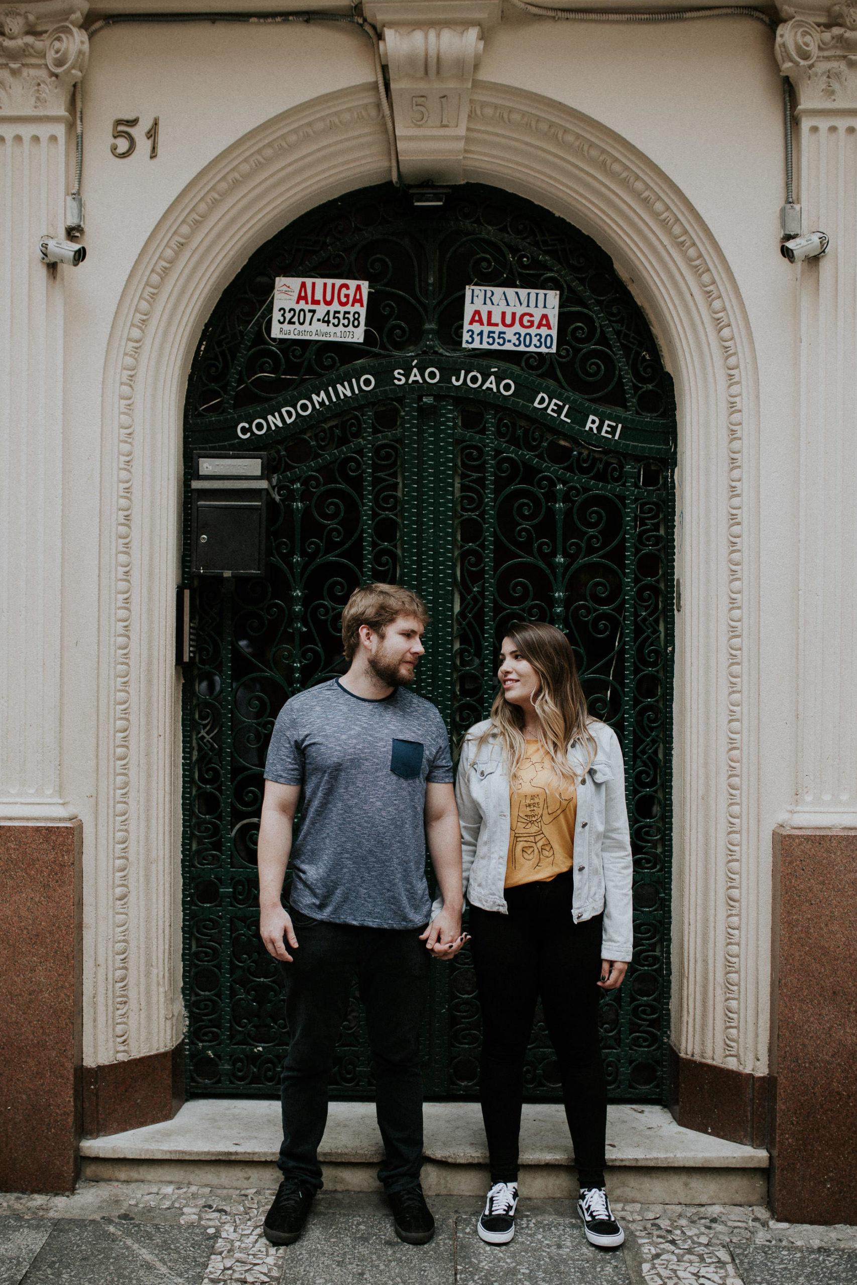 Ensaio Lifestyle | Pré-Wedding Urbano | Centro de São Paulo | Fotografia Minimalista